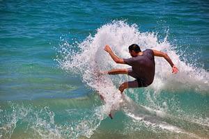 Surfer - Qutdoor