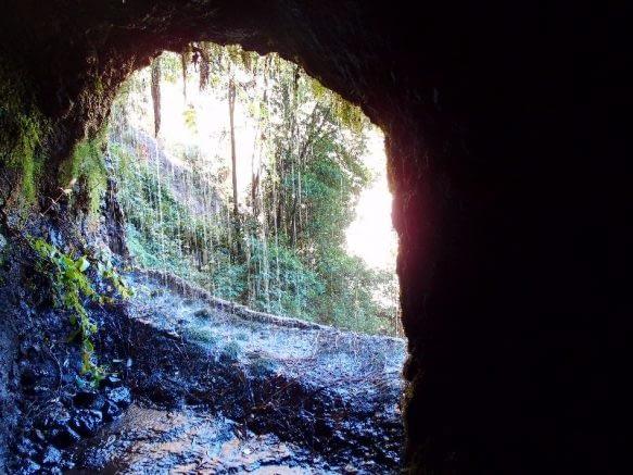 Höhlen Tour